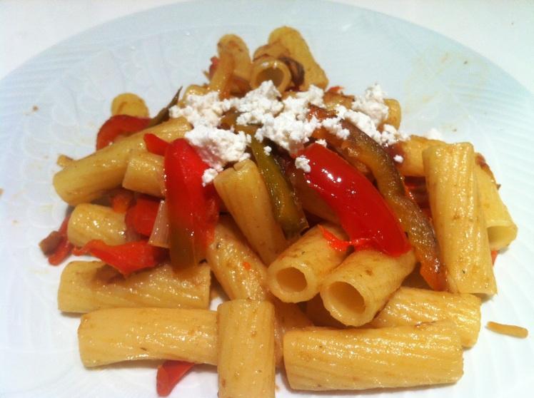 Pennes anchois et poivrons envie de cuisiner - Comment cuisiner des poivrons ...